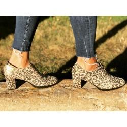 Mod 4017 Zapato cordones animal print